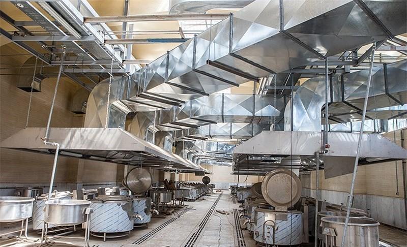 آشپزخانه شماره ۱ زندان تهران بزرگ - منبع تصویر: تسنیم